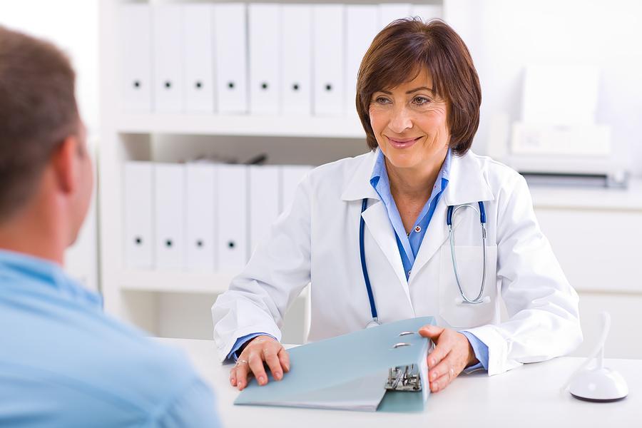 Трябва ли лекарите да водят здравословен начин на живот