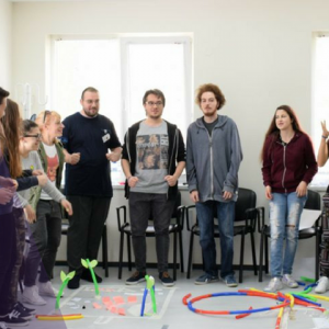 """Покана за участие в обучение за подготовка на младежи по метода """"Връстници обучават връстници"""""""
